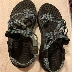 8 Wide Chacos